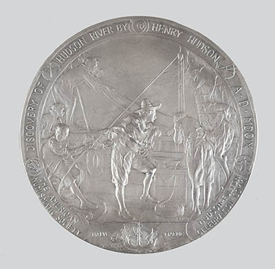 The obverse (front) design depicts Henry Hudson and a group of crewmembers aboard his ship, the Half Moon.