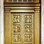 The Supreme Court's main bronze doors .
